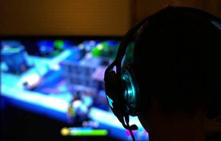 tips merawat laptop gaming